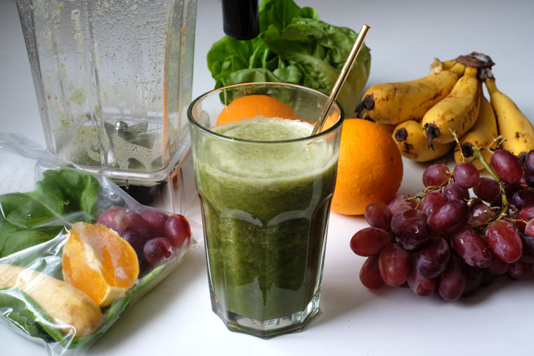 Instant Green Smoothie In Freezer Bags 2