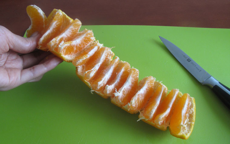 Easy Way To Peel Mandarin Oranges - New Malaysian Kitchen