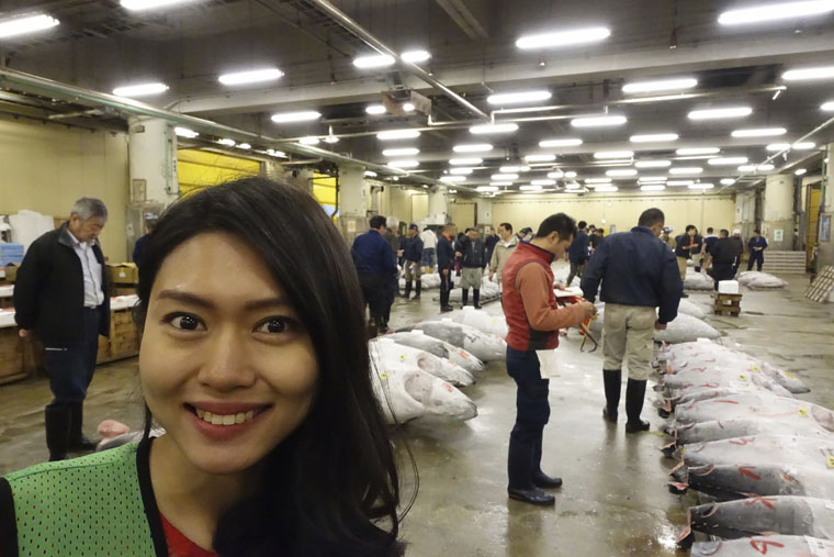 Sara at the Tsukiji Fish Market for tuna Auction